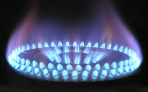 Какви са разликите между жълтия и синия пламък?
