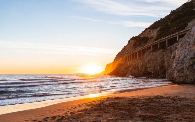 5 трика за заснемане на впечатляващ морски залез